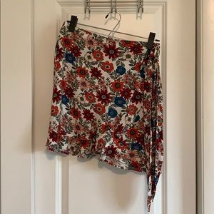 Flowered LOFT beach skirt, brand new with tags
